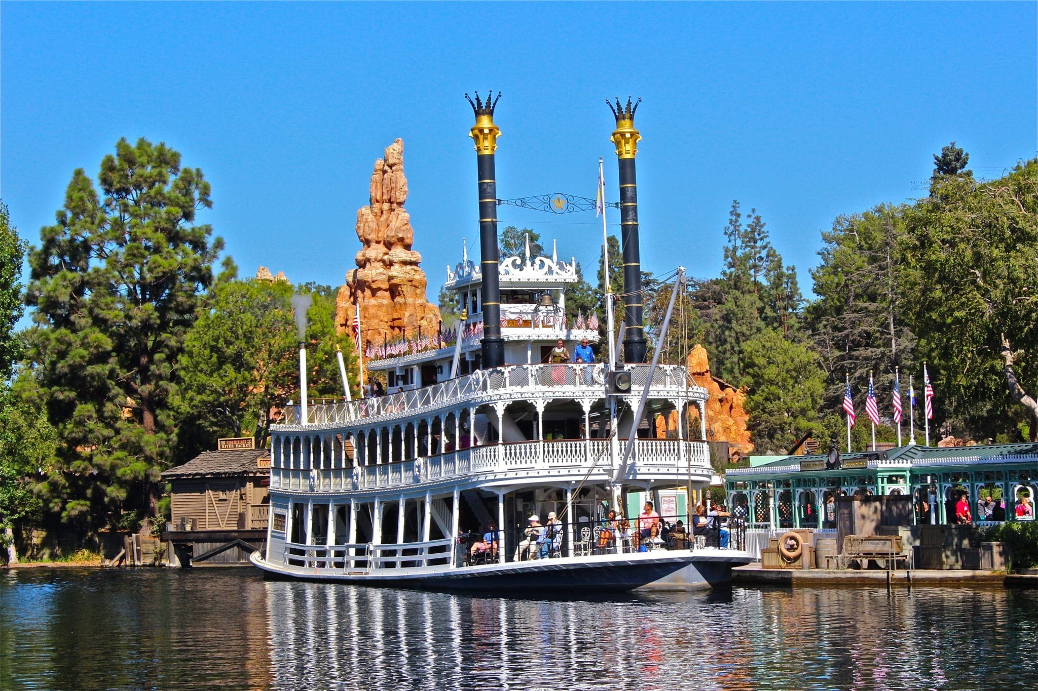 Time Lapse Around Rivers of America