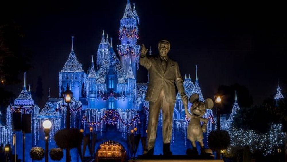 Holidays at the Disneyland Resort Returns November 9 through January 6