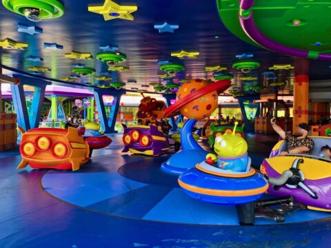 Toy Story Alien Swirling Saucer Carts