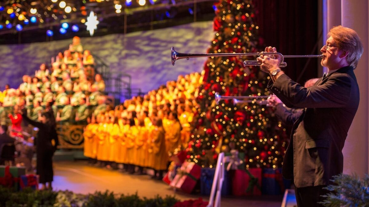 New Candlelight Processional Narrators, Food & Merchandise Set for 2018 Epcot International Festival of the Holidays