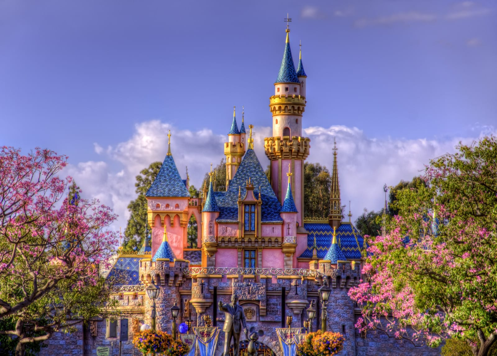 Disneyland Resort Now Accepting July Reservations