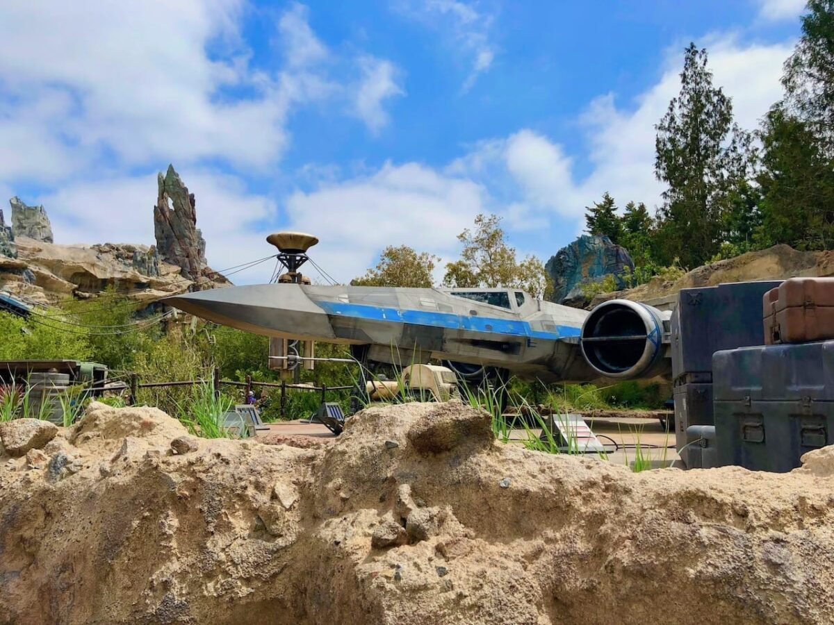 Star Wars: Galaxy's Edge Official Guide