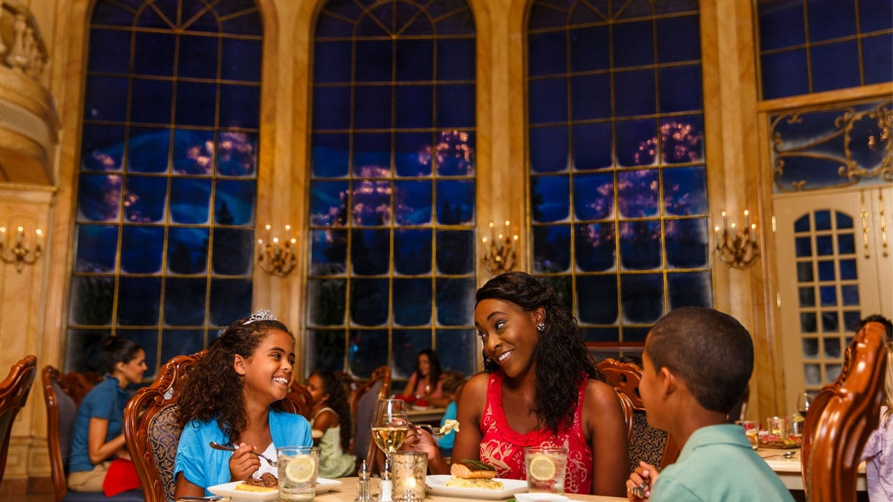 Enjoy Delicious Dining Experiences This Holiday Season at Walt Disney World Resort