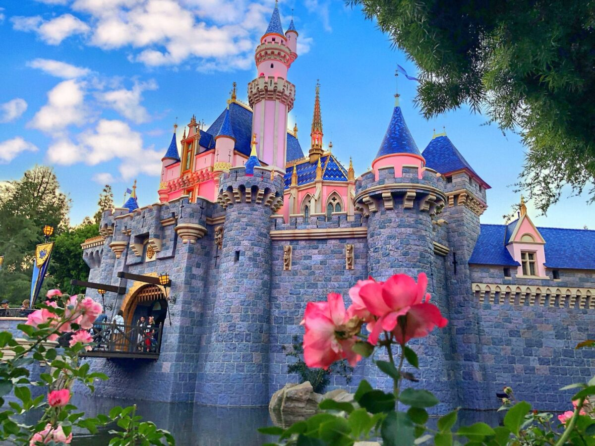 How To Get Free Disneyland Tickets – The Savers Guide