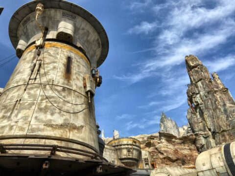 Star Wars: Galaxy's Edge grey towers