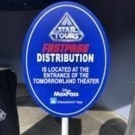 Fastpass distribution line sign for Star Tours