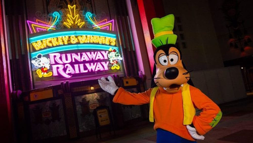 New Marquee for Mickey & Minnie's Runaway Railway