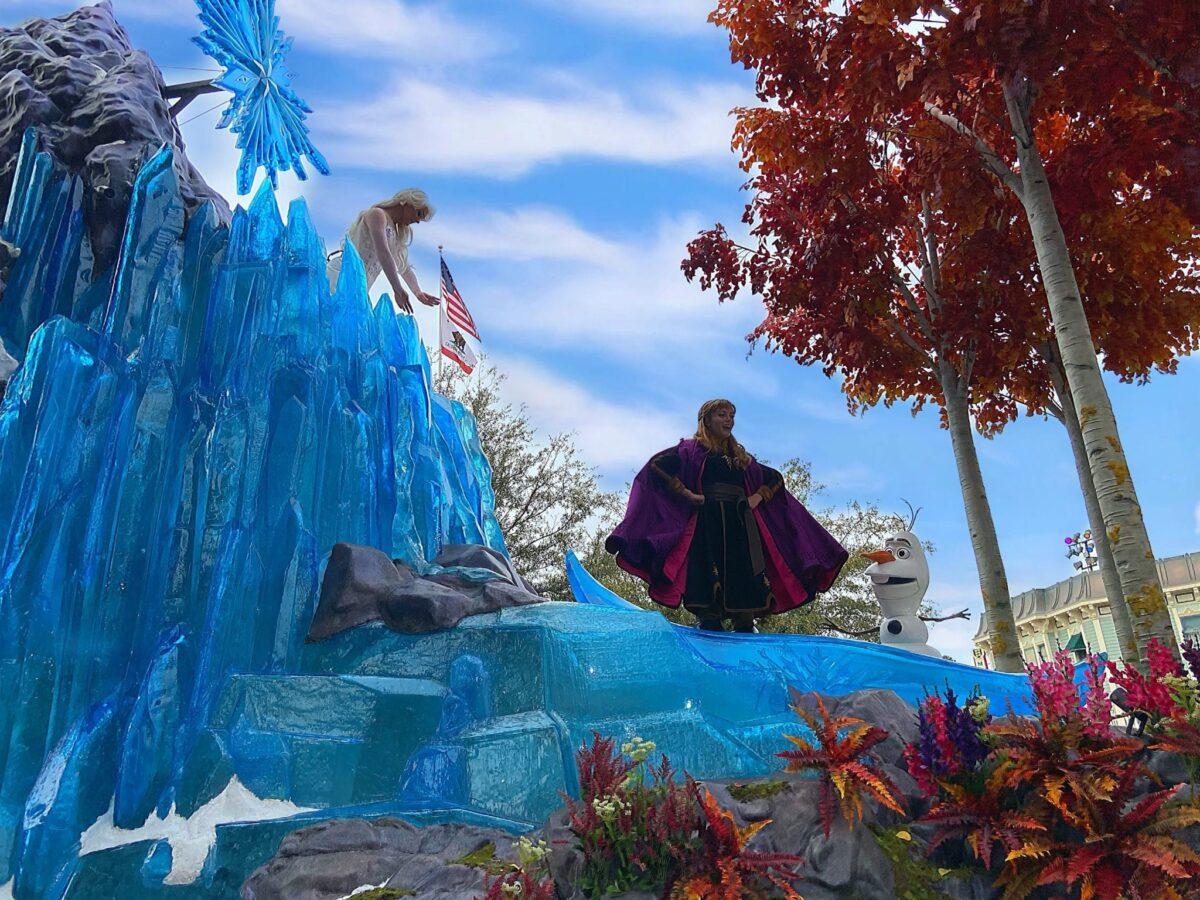 'Magic Happens' Parade Debuts at Disneyland Resort