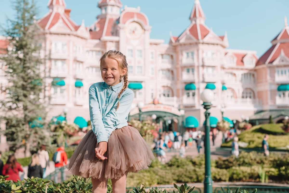 Best Age for Disneyland - parksavers.com