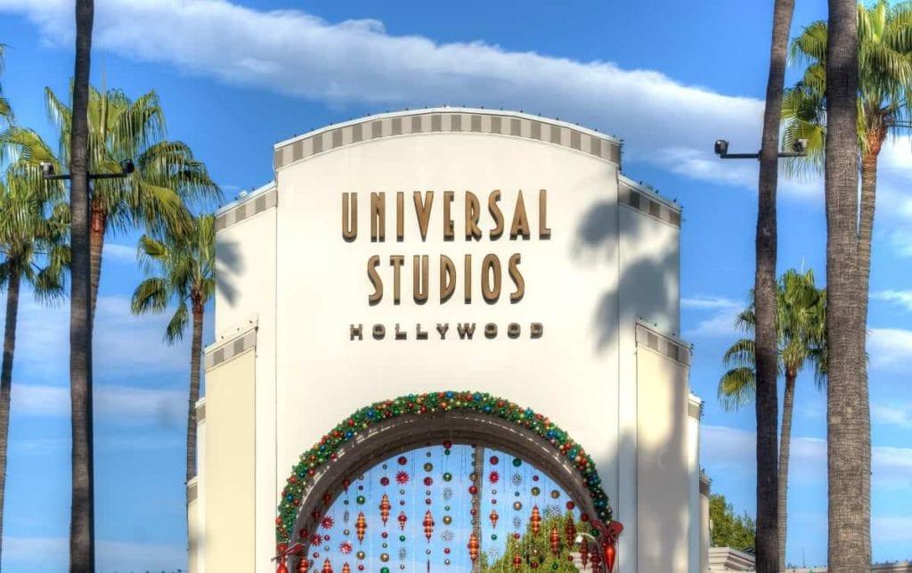 How Far is Universal Studios from Disneyland?