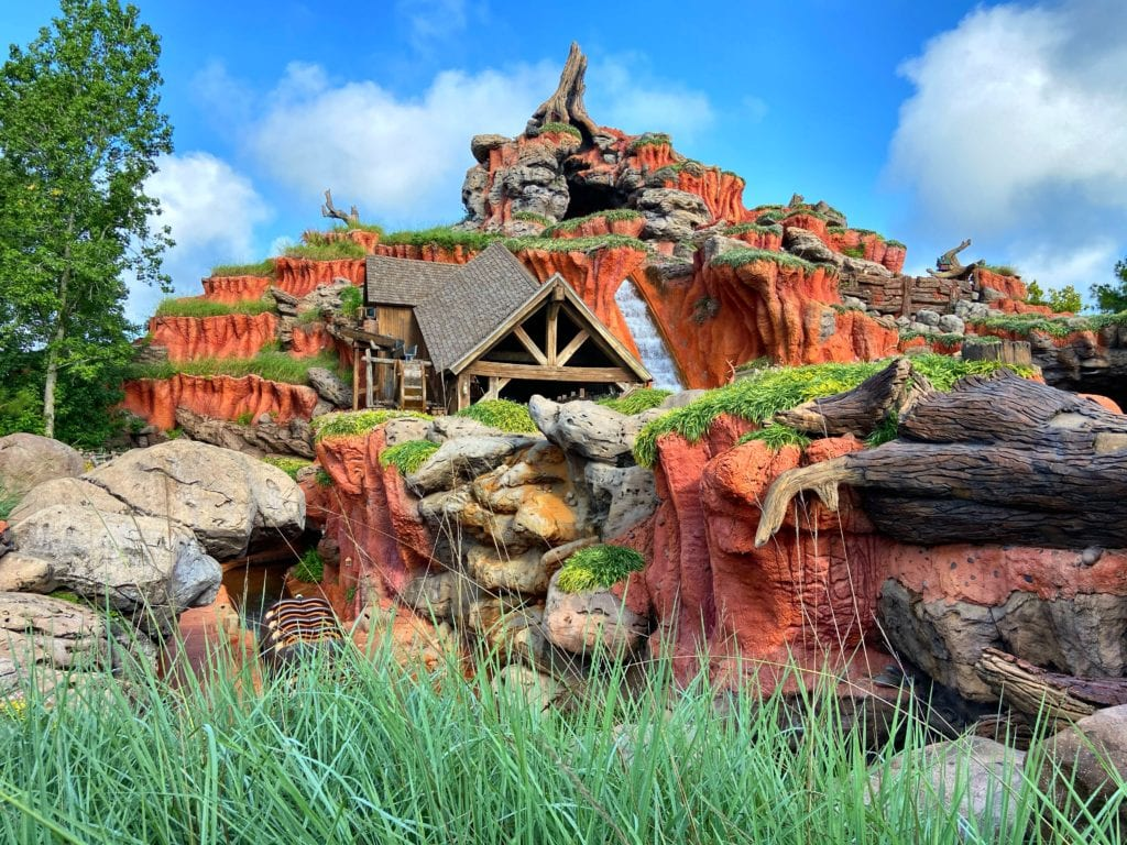 Splash Mountain Attraction
