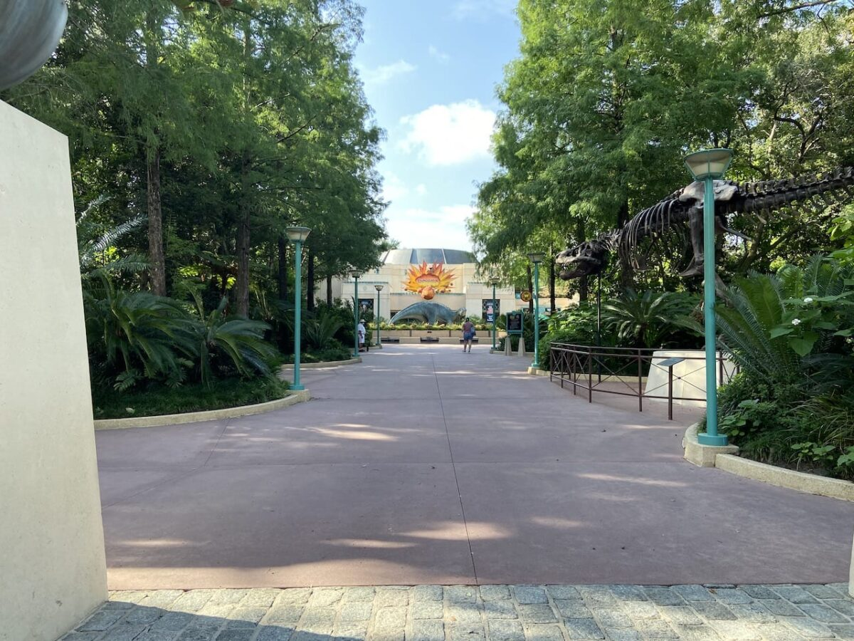 Walkway to DINOSAUR attraction