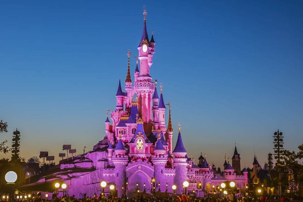 8 Tips for Going to Disneyland Alone