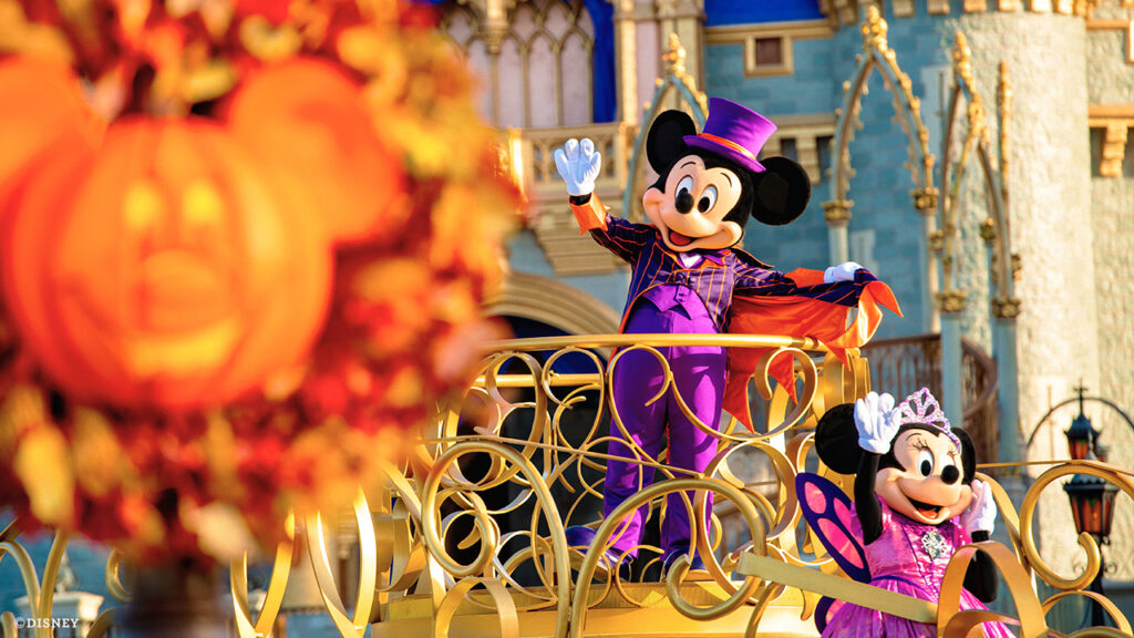 Mickey and Minnie Mouse on Disney float