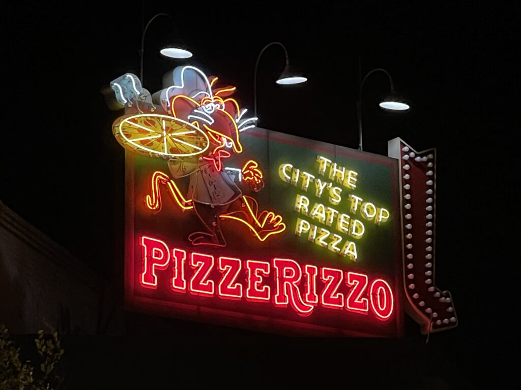 PizzeRizzo Billboard Neon
