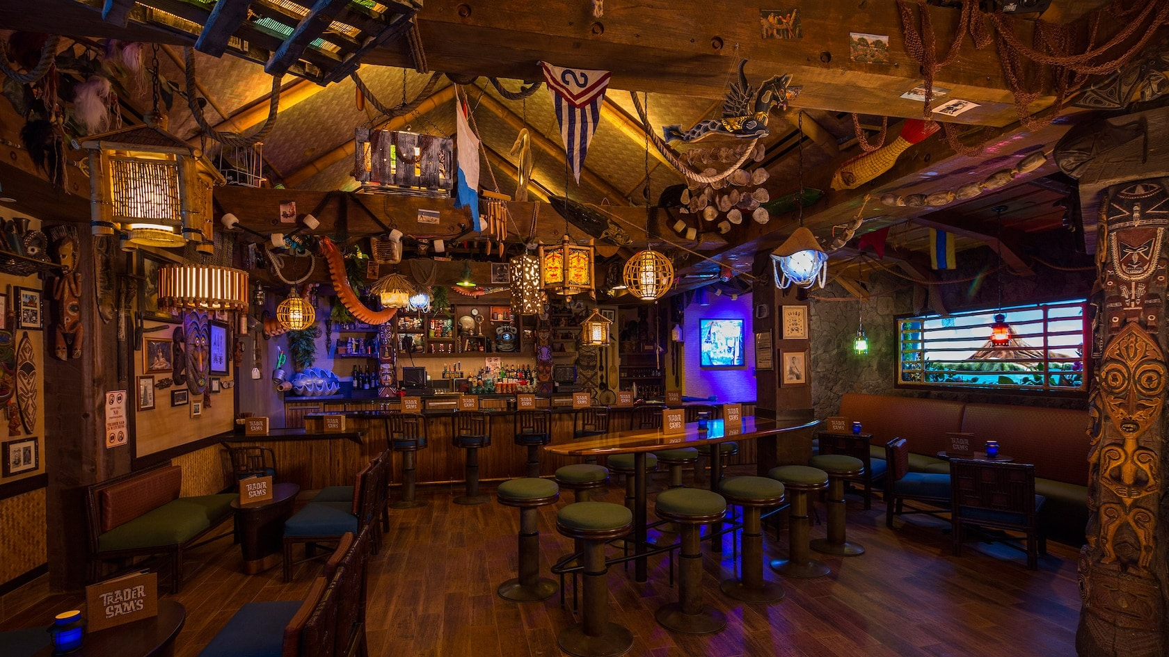 18 Must-Visit Bars At Disney World