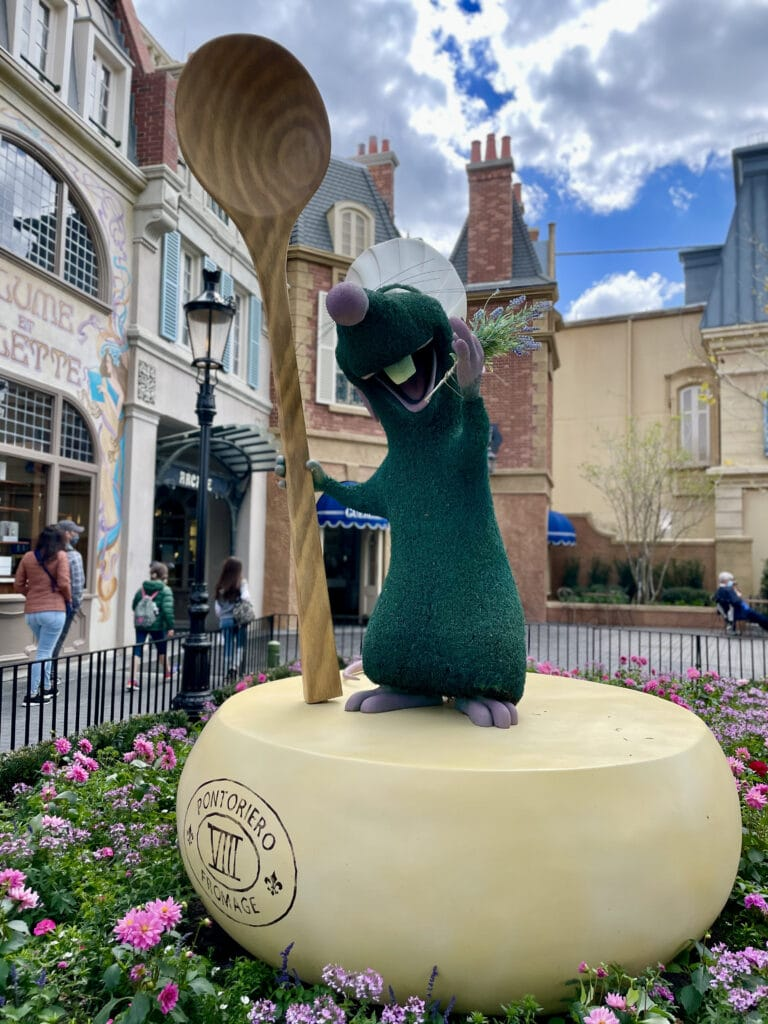 Topiary of Remy the Rat on cheese