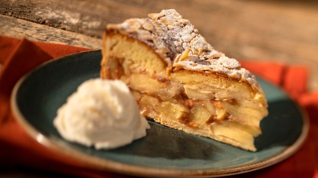 Almond pie with vanilla ice cream