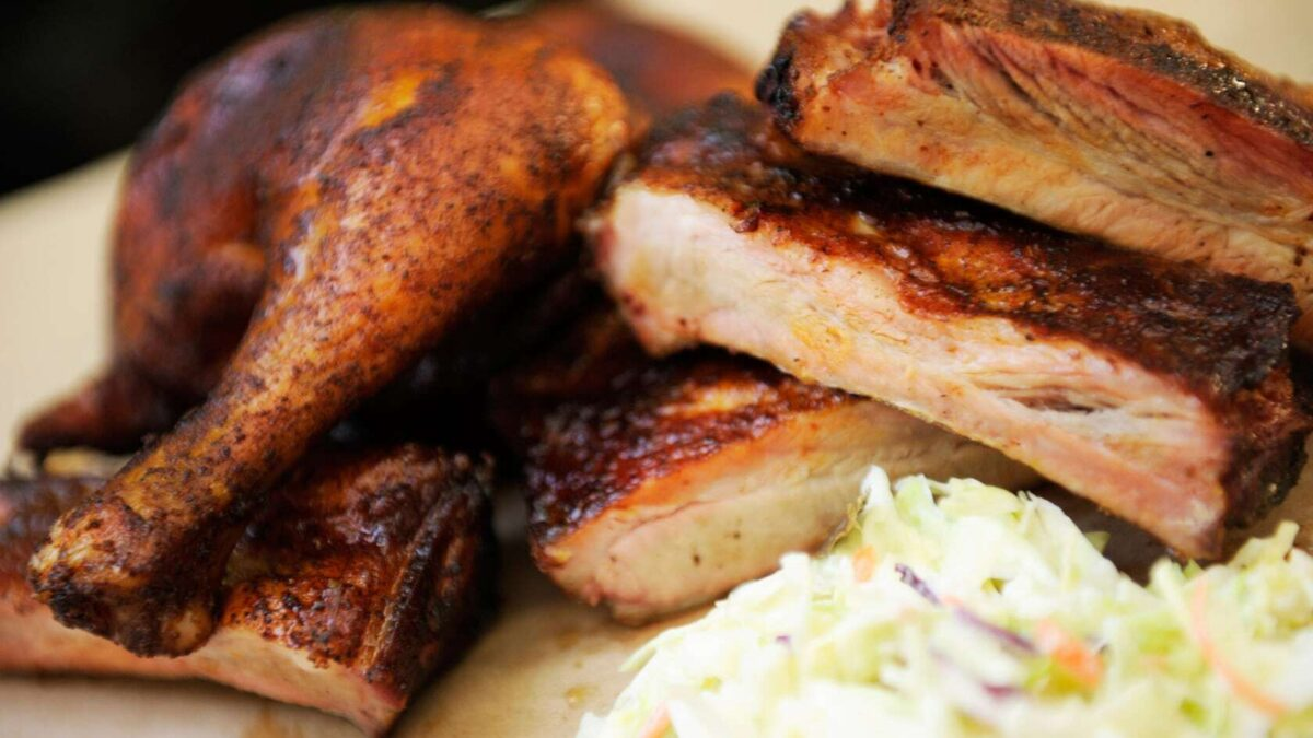 15 Best Places to Get BBQ at Disney World