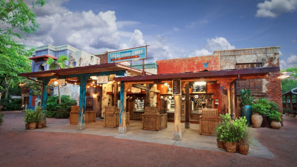 Outdoor dining marketplaces