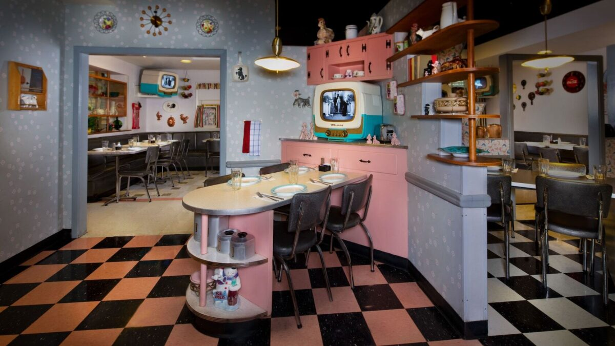 Old 50's kitchen with dining