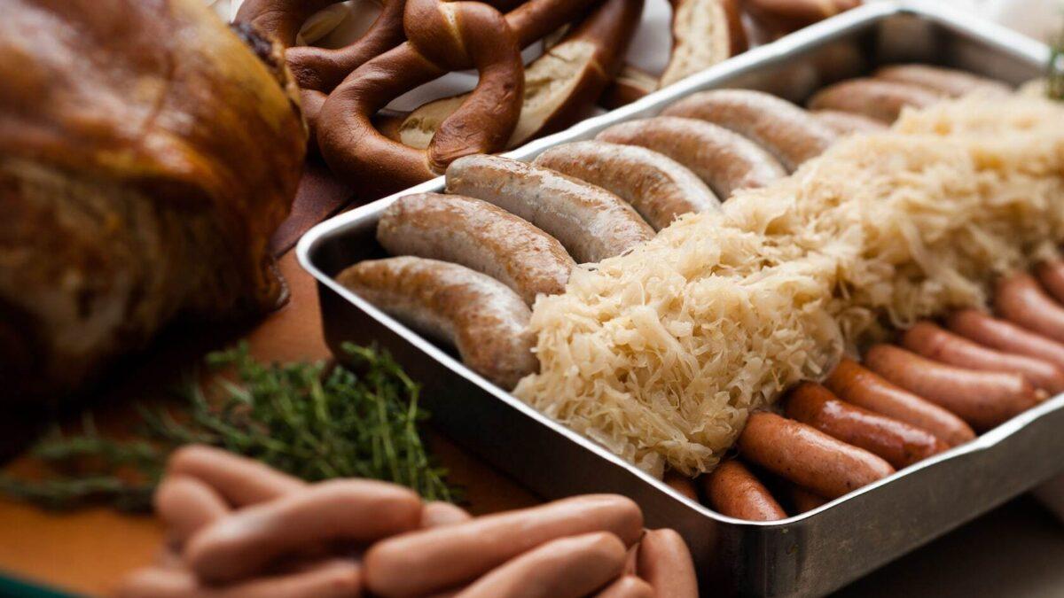 Pan of sausage links and sauerkraut