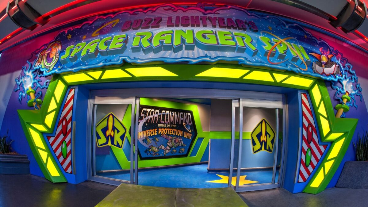 Space Ranger Spin attraction entrance