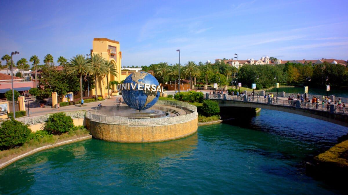 Exterior of Universal Orlando and Globe