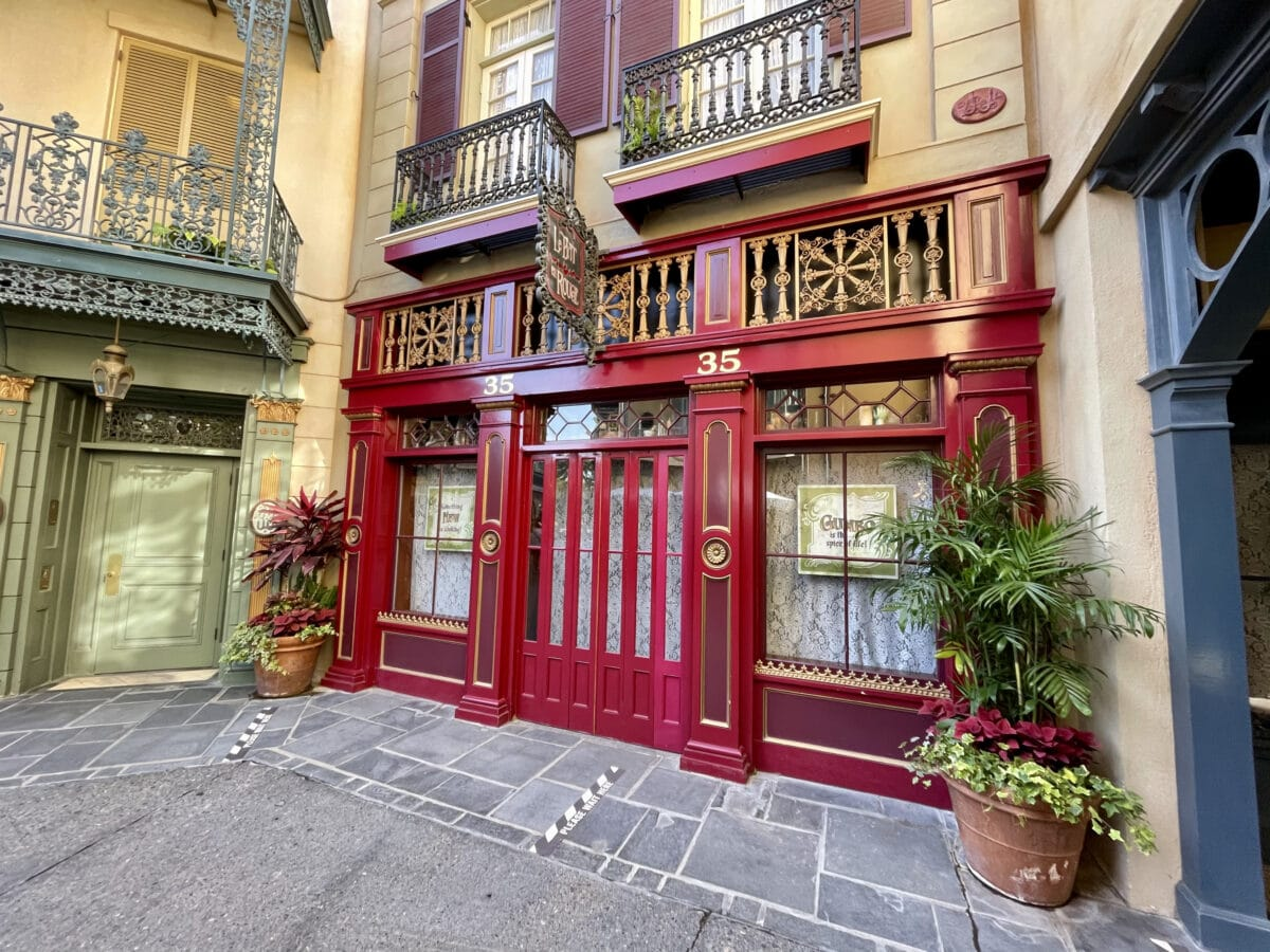 New Orleans Square number 35