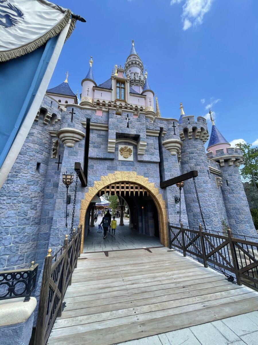 Disneyland Removing Mask Mandate, Discontinuing Temperature Checks