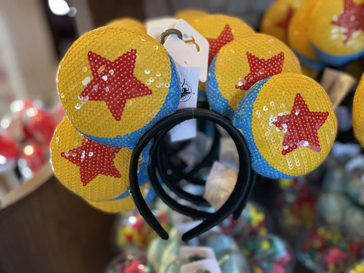 Disneyland Now Testing Shop in Store Mobile Service