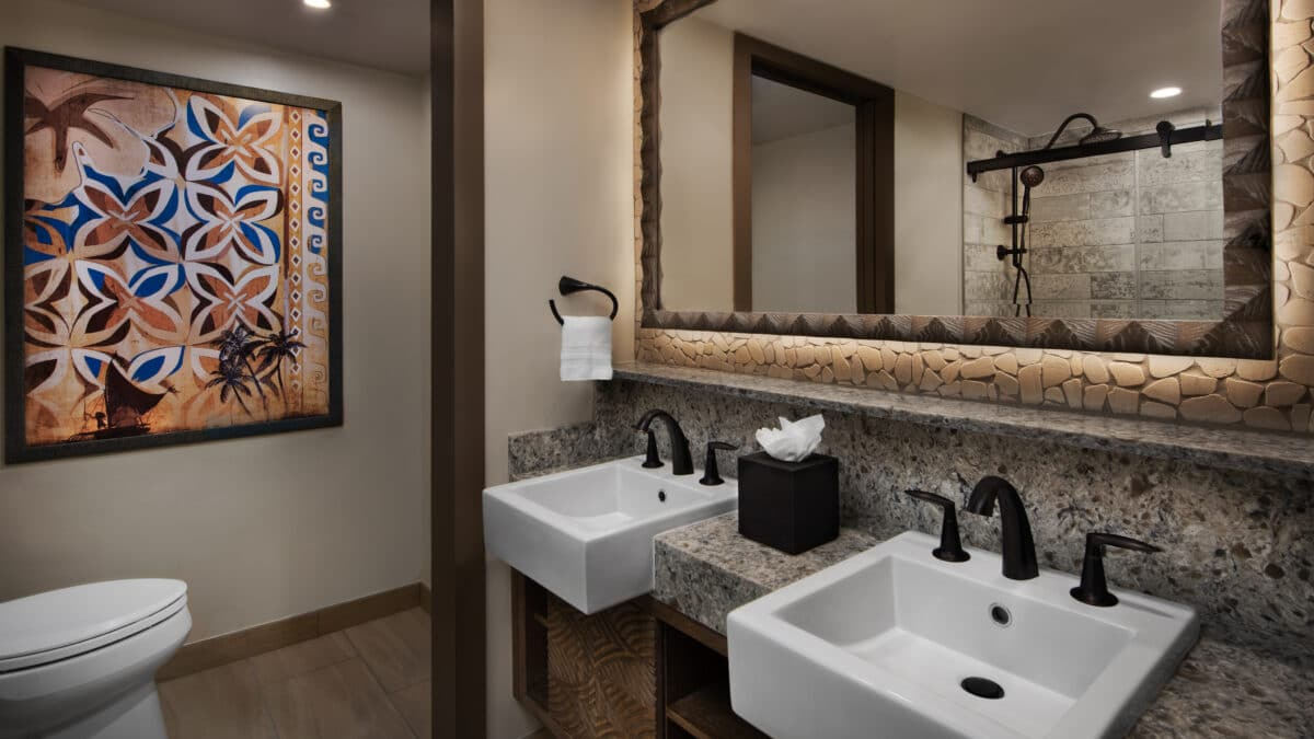 Hotel room with two sinks