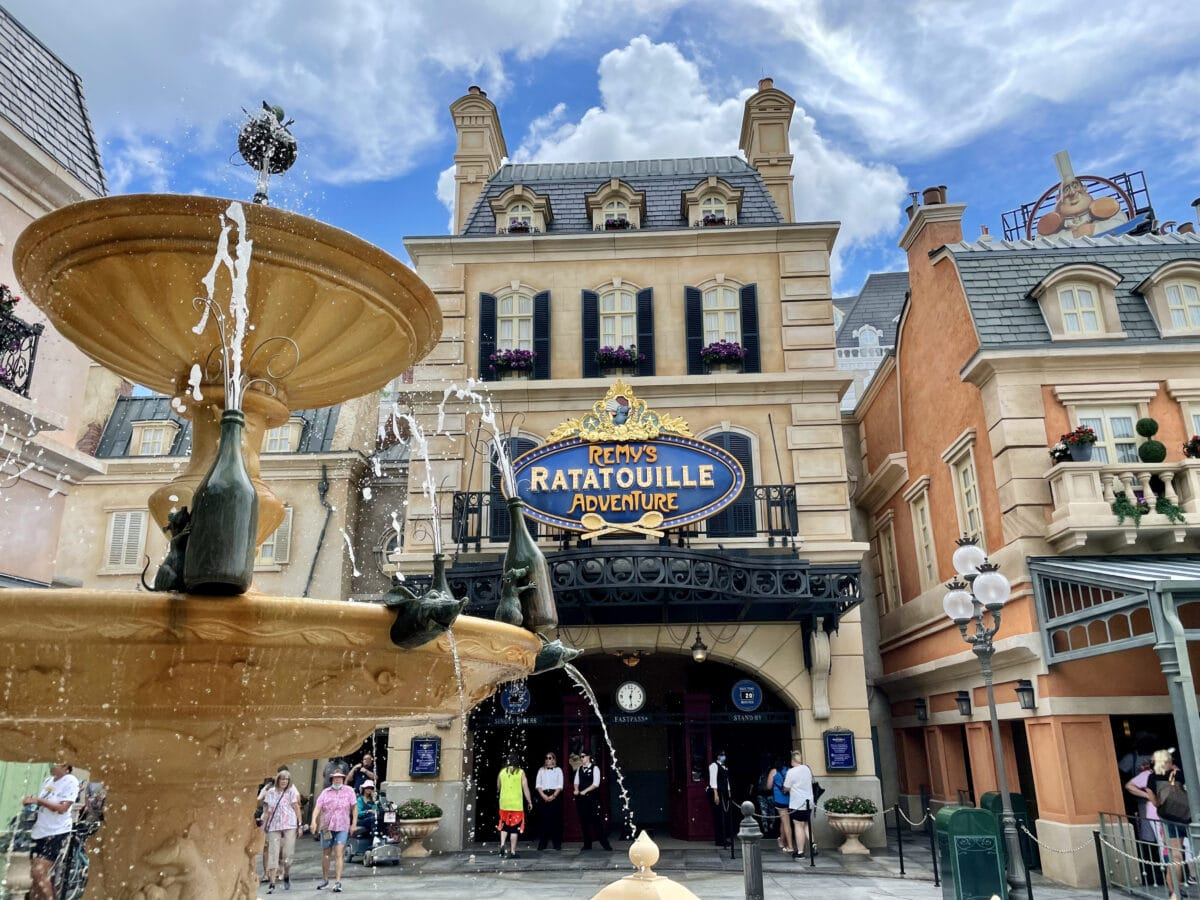 Fountain and signage for Remy's Adventure Ride