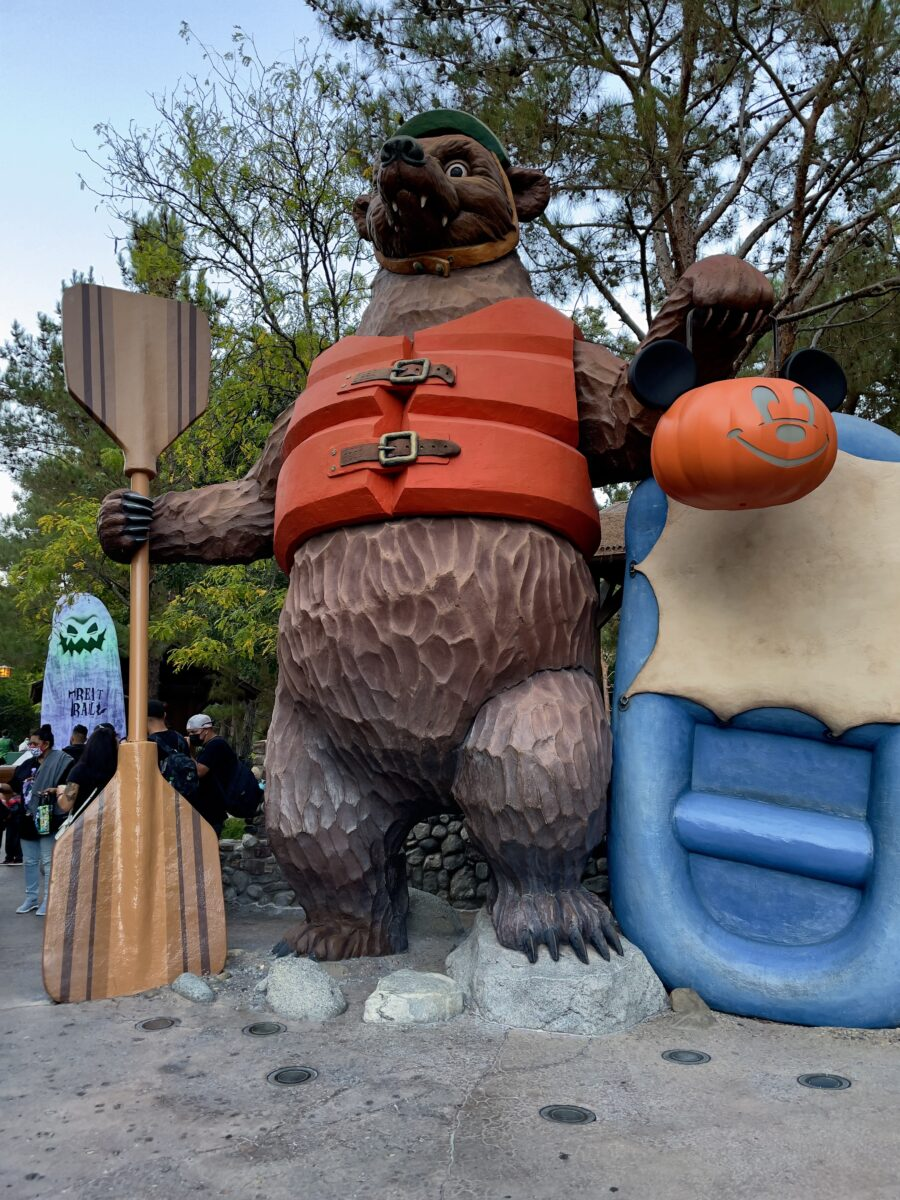Giant Bear carving with Halloween decor